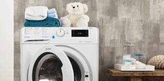 Máquina de lavar roupa Indesit