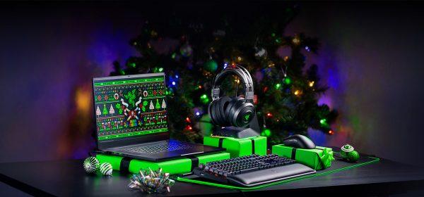 Natal Razer com teclado, rato, headphones e computador