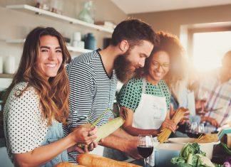 Amigos na cozinha