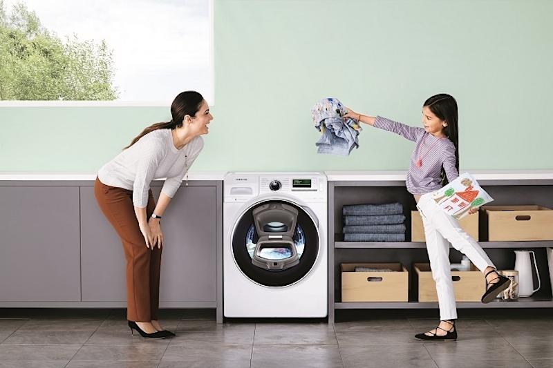Economia doméstica com máquina de lavar Samsung