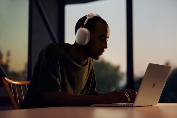 AirPods Max: sinta a mais avançada experiência de áudio
