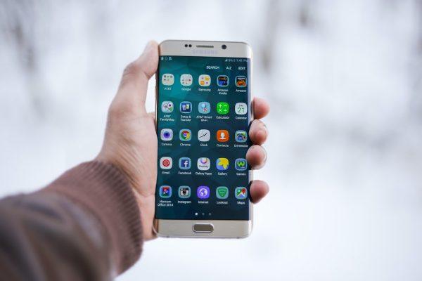 Película de vidro temperado ou de gel? Qual o melhor protetor de ecrã para os smartphones